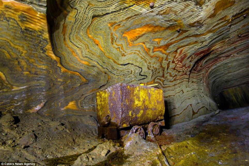 LSD élmény a Föld alatt!